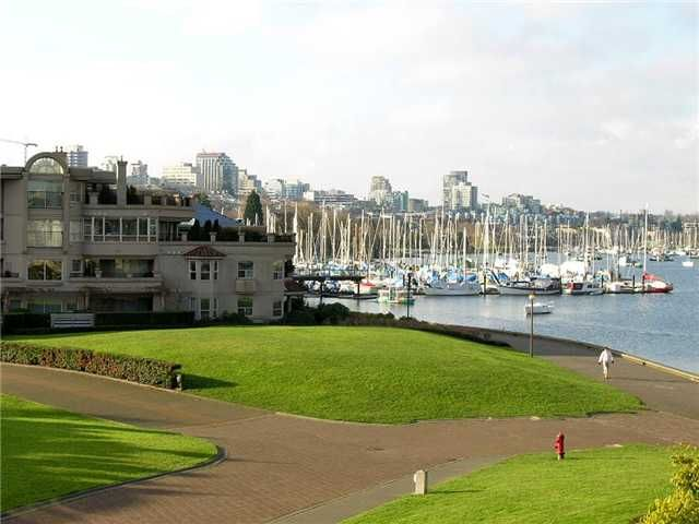 """Main Photo: # 314 1859 SPYGLASS PL in Vancouver: False Creek Condo for sale in """"SAN REMO COURT"""" (Vancouver West)  : MLS®# V854208"""