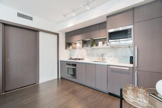 """Photo 10: 1518 68 SMITHE Street in Vancouver: Downtown VW Condo for sale in """"ONE PACIFIC"""" (Vancouver West)  : MLS®# R2618128"""