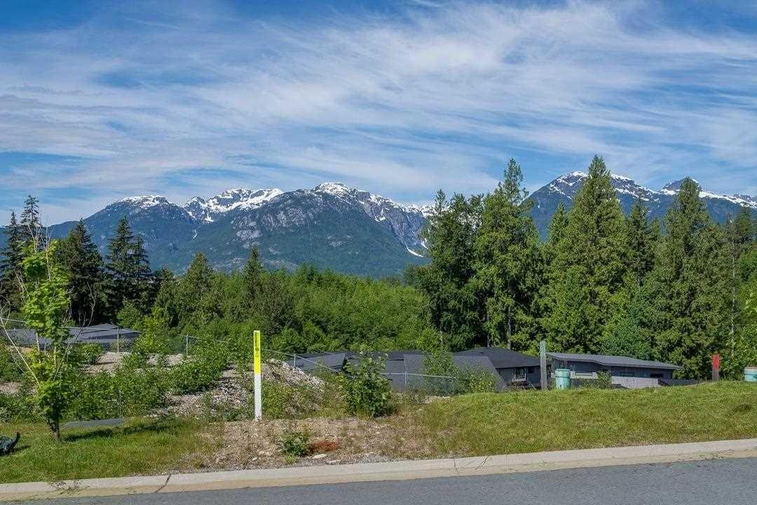 "Main Photo: 33 3385 MAMQUAM Road in Squamish: University Highlands Land for sale in ""LEGACY RIDGE"" : MLS®# R2616468"