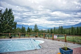 Photo 10: 4261 TOBY CREEK ROAD in Invermere: House for sale : MLS®# 2453237