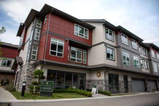 Photo 2: 67 4991 NO 5 ROAD in Richmond: East Cambie Townhouse for sale : MLS®# R2460322