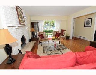 Photo 4: 1017 E 11TH Avenue in Vancouver: Mount Pleasant VE 1/2 Duplex for sale (Vancouver East)  : MLS®# V789077