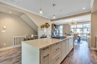 """Photo 15: 89 16488 64 Avenue in Surrey: Cloverdale BC Townhouse for sale in """"Harvest at Bose Farm"""" (Cloverdale)  : MLS®# R2537082"""