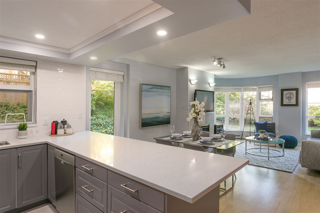 "Main Photo: 106 2428 W 1ST Avenue in Vancouver: Kitsilano Condo for sale in ""Noble House"" (Vancouver West)  : MLS®# R2212887"