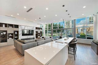 Photo 16: 1208 15165 THRIFT Avenue: White Rock Condo for sale (South Surrey White Rock)  : MLS®# R2529345