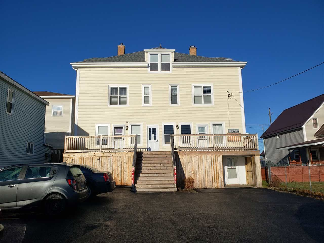 Main Photo: 121-123 Pierce Street in North Sydney: 205-North Sydney Multi-Family for sale (Cape Breton)  : MLS®# 202024949