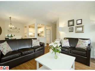 """Photo 3: 304 20189 54TH Avenue in Langley: Langley City Condo for sale in """"Catalina Gardens"""" : MLS®# F1214183"""