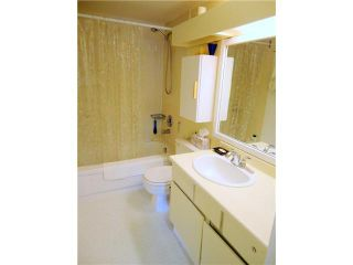 """Photo 7: 302 4373 HALIFAX Street in Burnaby: Brentwood Park Condo for sale in """"BRENT GARDEN"""" (Burnaby North)  : MLS®# V996315"""