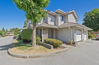 """Photo 2: 22 12188 HARRIS Road in Pitt Meadows: Central Meadows Townhouse for sale in """"WATERFORD PLACE"""" : MLS®# R2599619"""