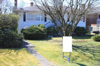 Photo 1: 4544 VENABLES Street in Burnaby: Brentwood Park House for sale (Burnaby North)  : MLS®# R2353916