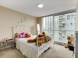 """Photo 11: 1801 2978 GLEN Drive in Coquitlam: North Coquitlam Condo for sale in """"GRAND CENTRAL ONE"""" : MLS®# R2553791"""