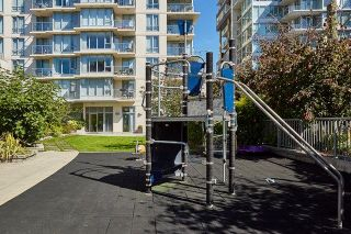 """Photo 16: 805 1833 CROWE Street in Vancouver: False Creek Condo for sale in """"THE FOUNDRY"""" (Vancouver West)  : MLS®# R2120097"""