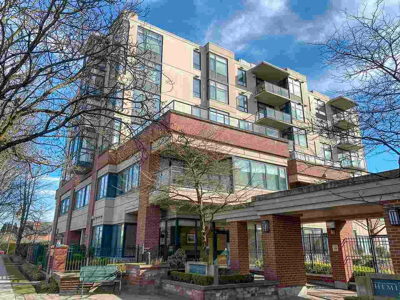 """Main Photo: 202 538 W 45TH Avenue in Vancouver: Oakridge VW Condo for sale in """"The Hemingway"""" (Vancouver West)  : MLS®# R2562655"""