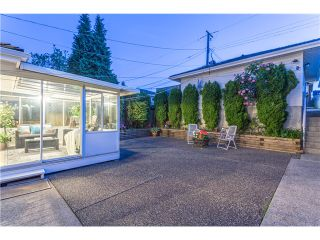 Photo 17: 15 N ELLESMERE Avenue in Burnaby: Capitol Hill BN House for sale (Burnaby North)  : MLS®# V1070757