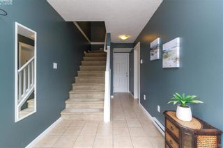 Photo 4: 107 2920 Phipps Rd in VICTORIA: La Langford Proper Row/Townhouse for sale (Langford)  : MLS®# 819568