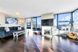 "Main Photo: 3005 928 HOMER Street in Vancouver: Yaletown Condo for sale in ""YALETOWN PARK 1"" (Vancouver West)  : MLS®# R2565812"