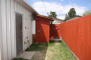 Photo 31: 253 Bedford Circle NE in Calgary: Beddington Heights Semi Detached for sale : MLS®# A1102604