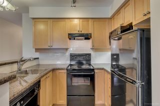 """Photo 3: 305 997 W 22ND Avenue in Vancouver: Cambie Condo for sale in """"CRESCENT AT SHAUGHNESSY"""" (Vancouver West)  : MLS®# R2063247"""