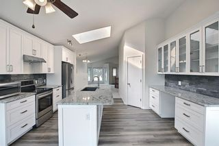 Photo 8: 140 Valley Meadow Close NW in Calgary: Valley Ridge Detached for sale : MLS®# A1146483