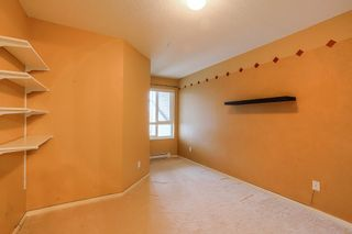 Photo 12: 405 22022 49 AVENUE in Langley: Murrayville Condo for sale : MLS®# R2449984