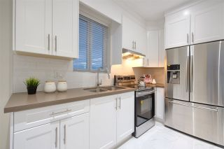 Photo 9: 215 E 64TH Avenue in Vancouver: South Vancouver 1/2 Duplex for sale (Vancouver East)  : MLS®# R2505176