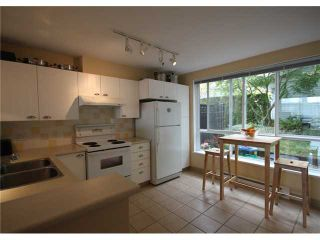 """Photo 3: 6717 VILLAGE Grove in Burnaby: Highgate Townhouse for sale in """"THE MONTEREY"""" (Burnaby South)  : MLS®# V952131"""