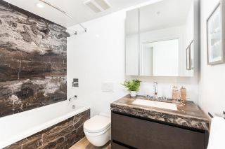"""Photo 15: 503 1515 ATLAS Lane in Vancouver: South Granville Condo for sale in """"Shannon Wall Centre Kerrisdale -Cartier House"""" (Vancouver West)  : MLS®# R2580784"""
