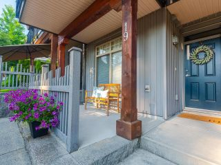"""Photo 2: 19 55 HAWTHORN Drive in Port Moody: Heritage Woods PM Townhouse for sale in """"Cobalt Sky by Parklane"""" : MLS®# R2597938"""