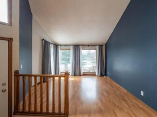Photo 6: 40 Scenic Cove Circle NW in Calgary: Scenic Acres Detached for sale : MLS®# A1126345