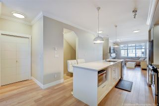 """Photo 4: 25 6350 142 Street in Surrey: Sullivan Station Townhouse for sale in """"Canvas"""" : MLS®# R2343782"""