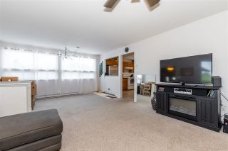 """Photo 10: 45640 NEWBY Drive in Chilliwack: Sardis West Vedder Rd House for sale in """"SARDIS"""" (Sardis)  : MLS®# R2481893"""