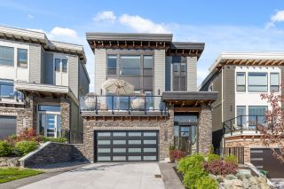 Photo 1: 35935 TIMBERLANE Drive in Abbotsford: Abbotsford East House for sale : MLS®# R2624737