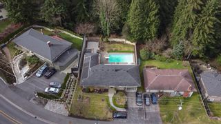 Photo 3: 1018 GATENSBURY ROAD in Port Moody: Port Moody Centre House for sale : MLS®# R2546995