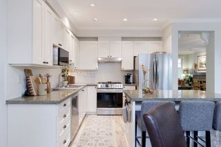 """Photo 12: 40 19452 FRASER Way in Pitt Meadows: South Meadows Townhouse for sale in """"SHORELINE"""" : MLS®# R2511047"""