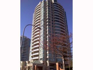 """Photo 1: 404 6659 Southoaks Crescent, South Burnaby in Burnaby: Highgate Condo for sale in """"Gemini II"""" (Burnaby North)"""