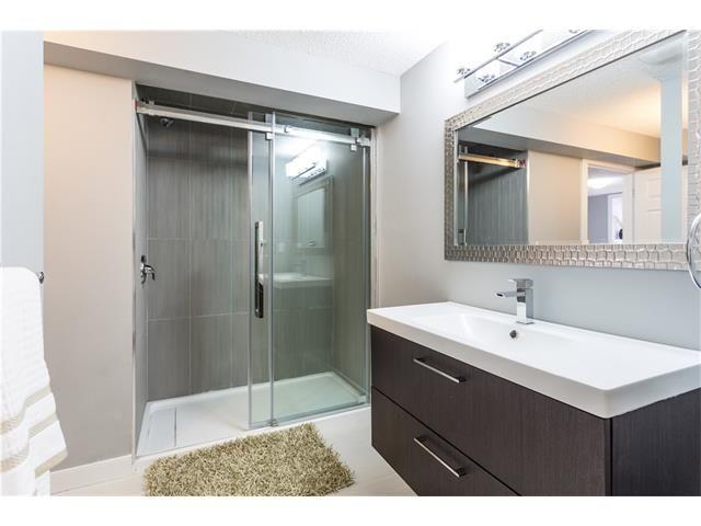 Photo 33: Photos: 36 OAKBURY Place SW in Calgary: Oakridge House for sale : MLS®# C4101941