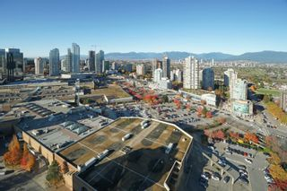Photo 13: 3702 4880 BENNETT STREET in Burnaby: Metrotown Condo for sale (Burnaby South)  : MLS®# R2612075