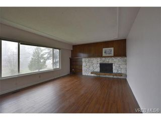 Photo 3: 3374 Joyce Pl in VICTORIA: Co Wishart South House for sale (Colwood)  : MLS®# 691958