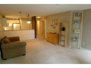 "Photo 2: 212 214 11TH Street in New Westminster: Uptown NW Condo for sale in ""DISCOVERY REACH"" : MLS®# V954712"