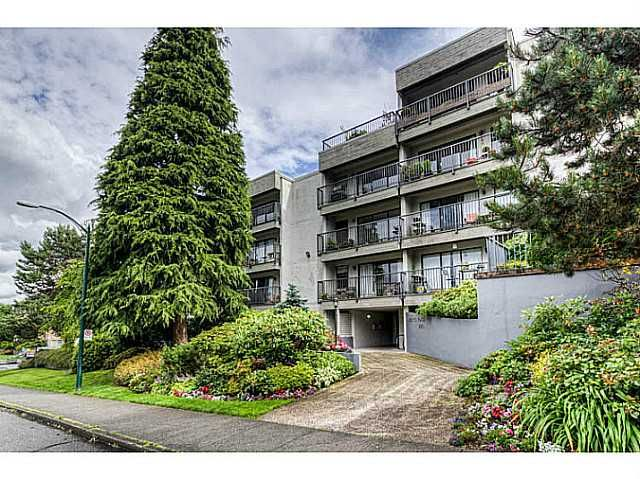 FEATURED LISTING: 506 - 2120 2ND Avenue West Vancouver