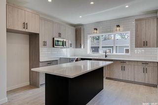 Photo 3: 2119 York Avenue in Saskatoon: Queen Elizabeth Residential for sale : MLS®# SK872076