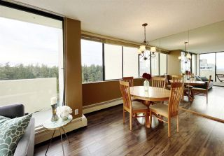 """Photo 7: 1904 4300 MAYBERRY Street in Burnaby: Metrotown Condo for sale in """"Times Square"""" (Burnaby South)  : MLS®# R2526993"""