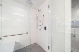 Photo 12: 2331 (West) 27 Avenue NW in Calgary: Banff Trail Detached for sale : MLS®# A1033000