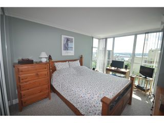 Photo 7: 802 567 LONSDALE Avenue in North Vancouver: Lower Lonsdale Condo for sale : MLS®# V955451