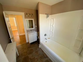 Photo 10: 593 Powers Street in Winnipeg: North End Residential for sale (4C)  : MLS®# 202108001