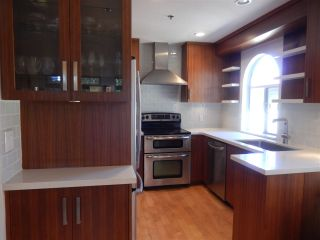 Photo 9: 1453 WALNUT Street in Vancouver: Kitsilano Townhouse for sale (Vancouver West)  : MLS®# R2197205