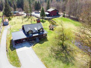 Photo 2: 14685 SQUAMISH VALLEY Road in Squamish: Upper Squamish House for sale : MLS®# R2557539
