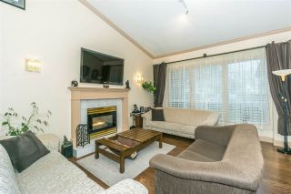 Photo 4: 9645 206 Street in Langley: Walnut Grove House for sale : MLS®# R2328940