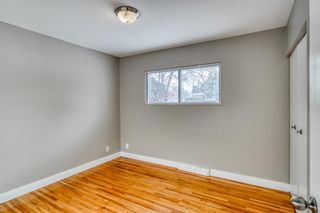 Photo 11: 49 White Oak Crescent SW in Calgary: Wildwood Detached for sale : MLS®# A1102539