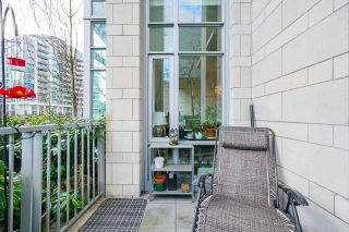 """Photo 24: 2 ATHLETES Way in Vancouver: False Creek Townhouse for sale in """"KAYAK-THE VILLAGE ON THE CREEK"""" (Vancouver West)  : MLS®# R2564490"""